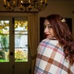 Mariée d'automne avec un plaid - galerie photo
