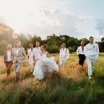 Mariage dans les champs
